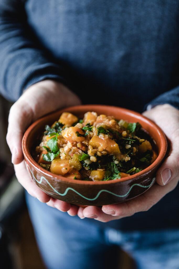 Squash, kale and lentil soup