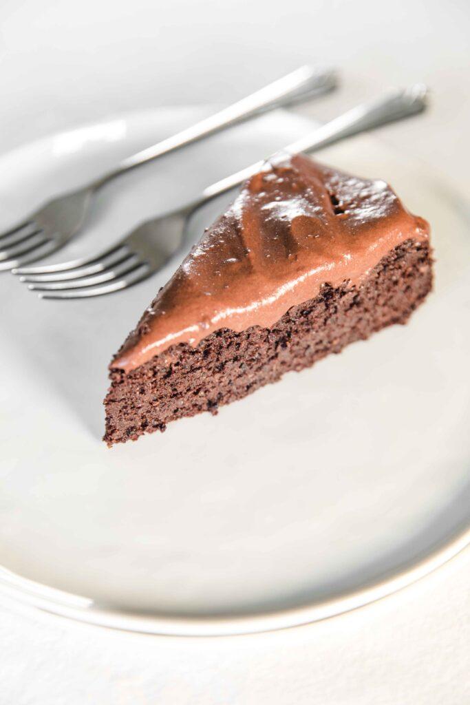 Healthy chocolate quinoa cake