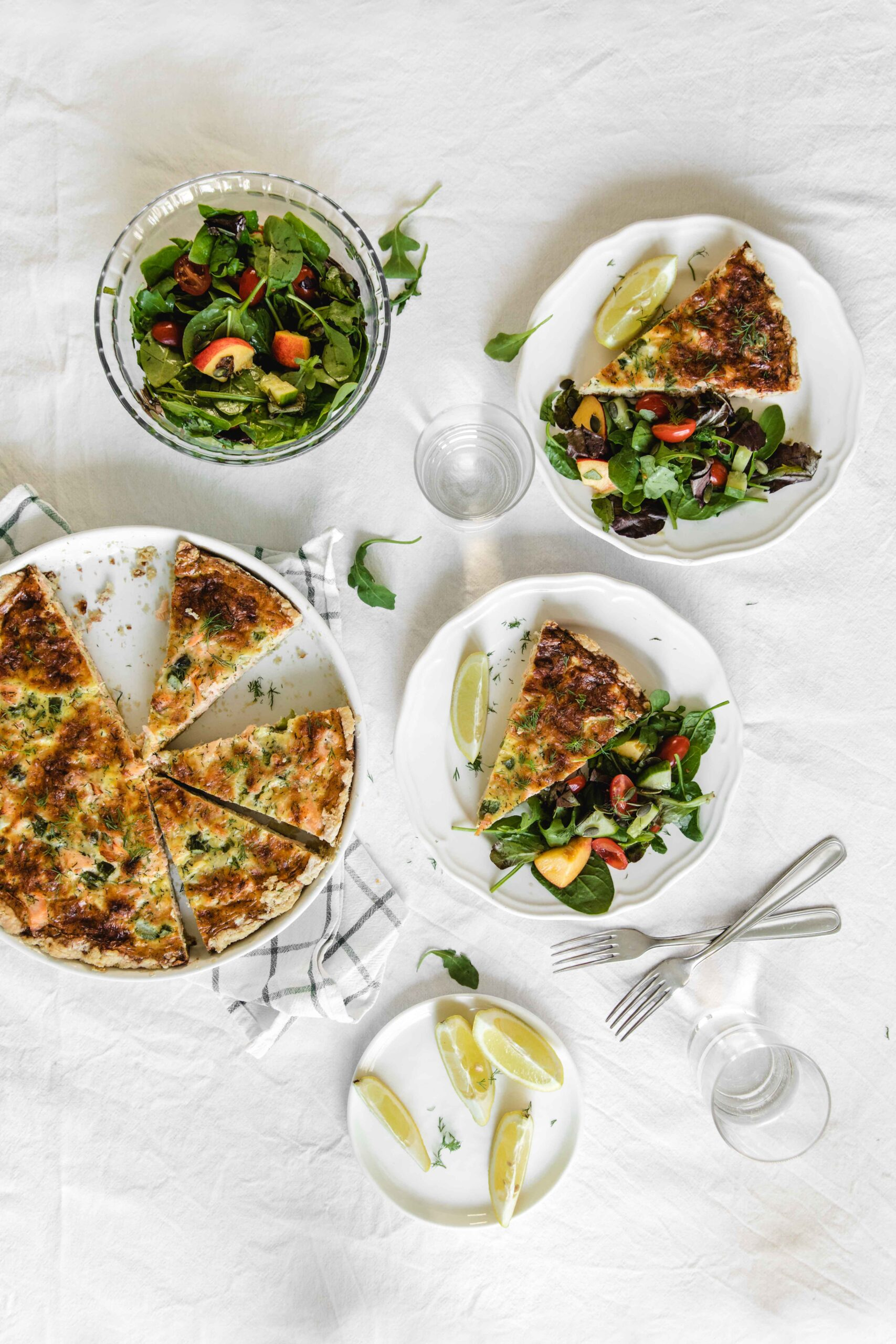Salmon quiche with peach salad