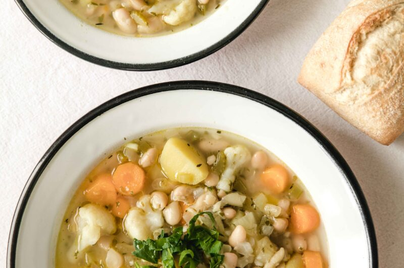 Healthy Italian bean soup